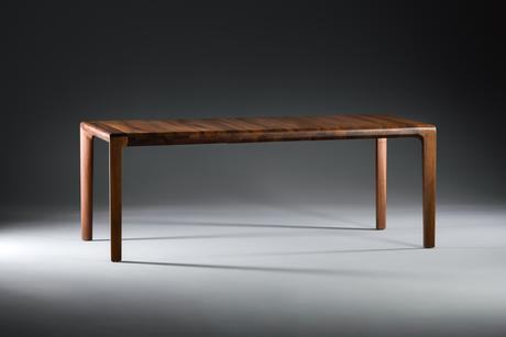 Artisan Invito Extending Table