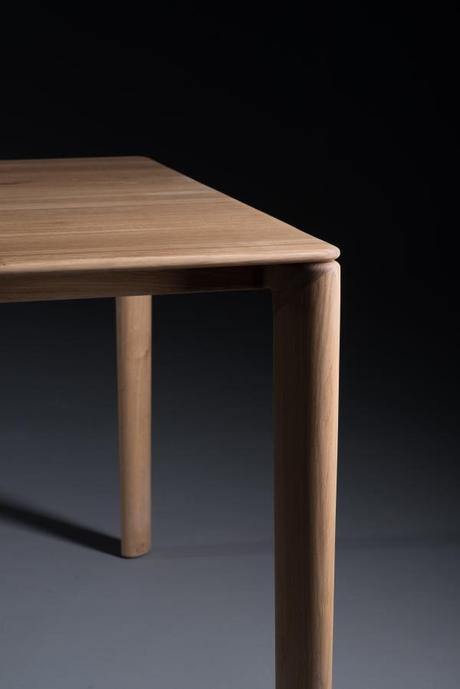 Artisan Neva Table