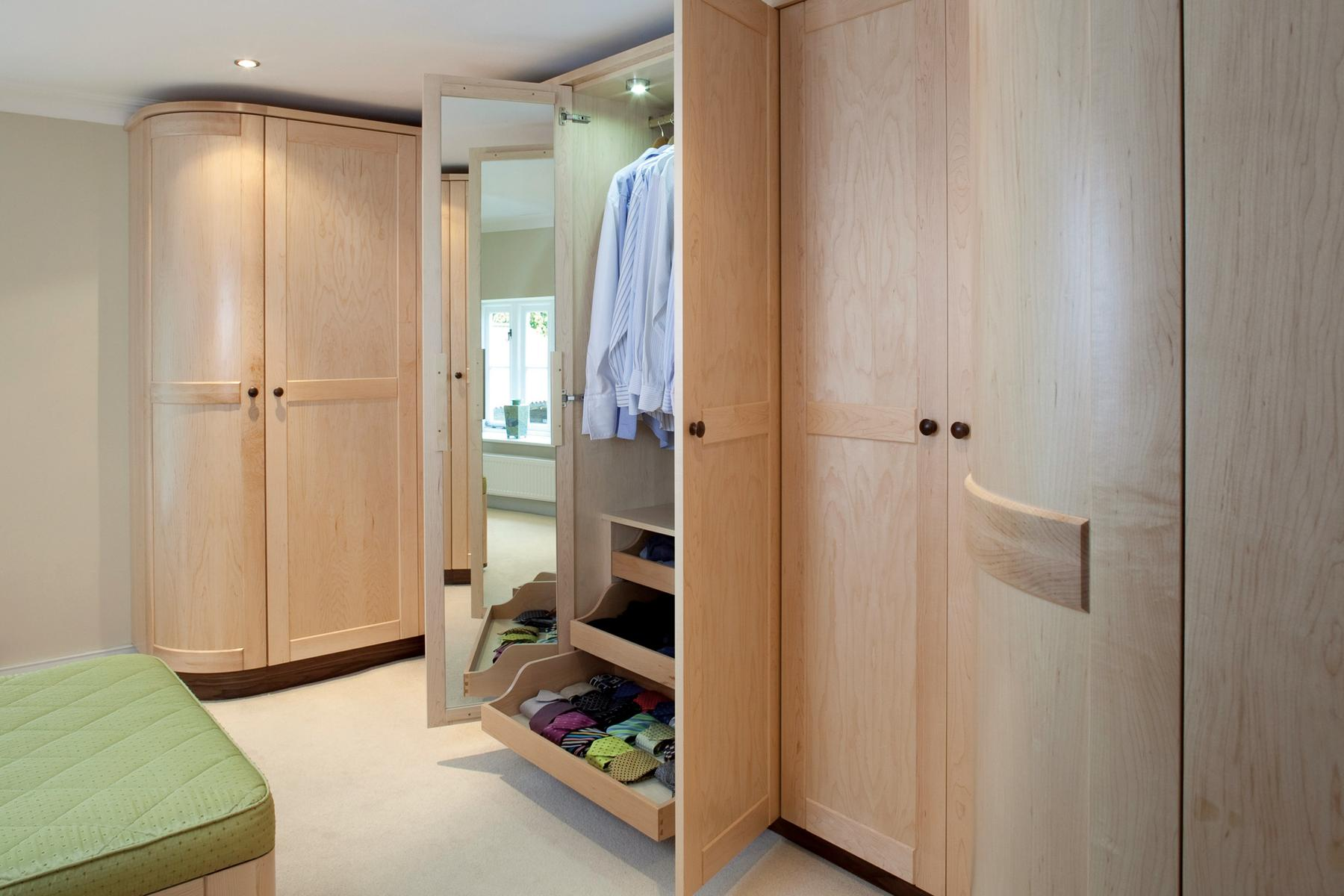 Bespoke solutions for bedroom storage